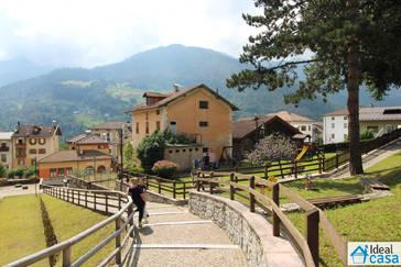 Casa singola da ristrutturare a Canal San Bovo